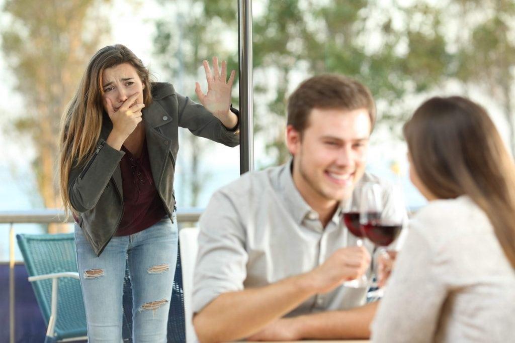 Jak radzić sobie, gdy partner jest niewierny